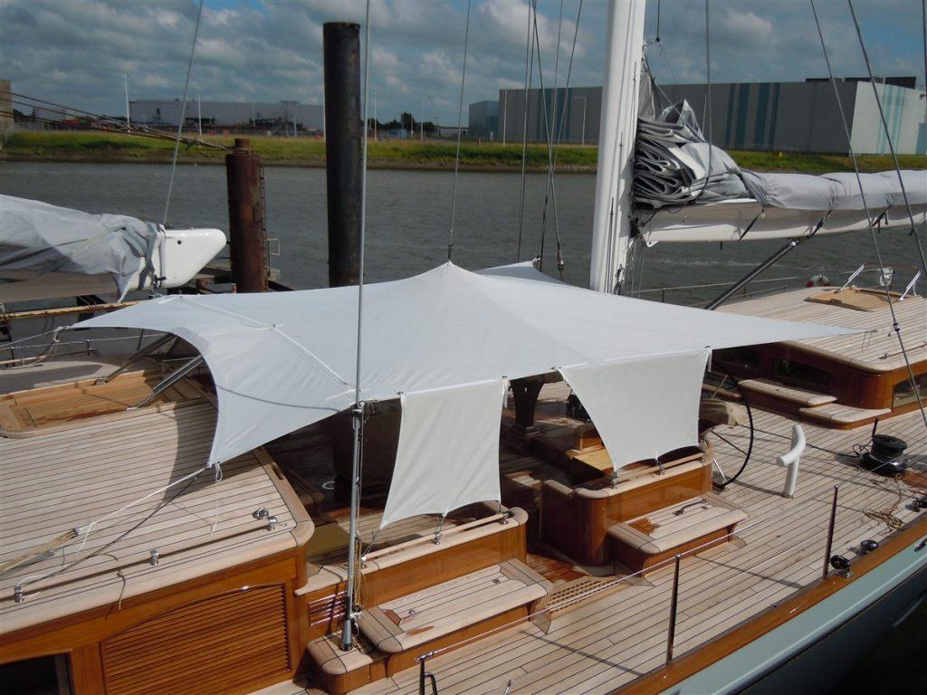 150 ft yacht